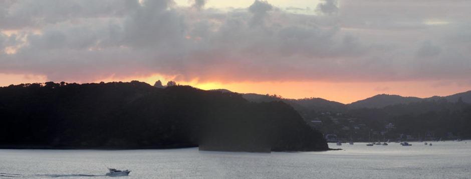 71a. Waitangi, New Zealand_stitch
