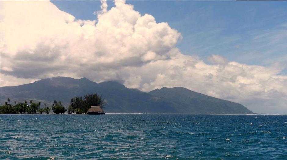 93b. Papeete, Tahiti_stitch