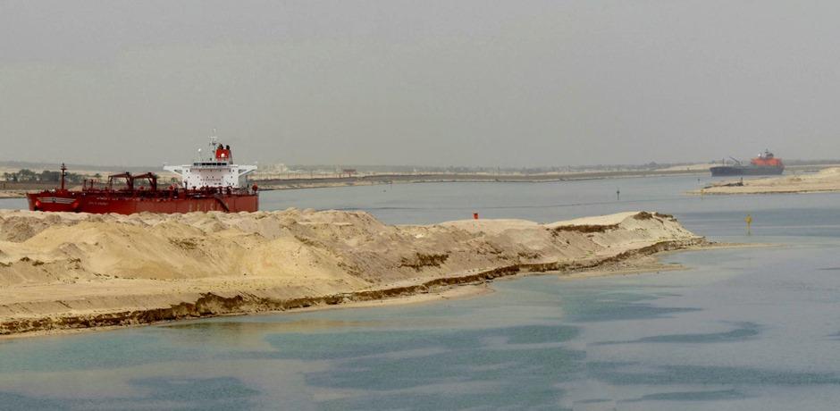 195a. Suez Canal, Egypt_stitch