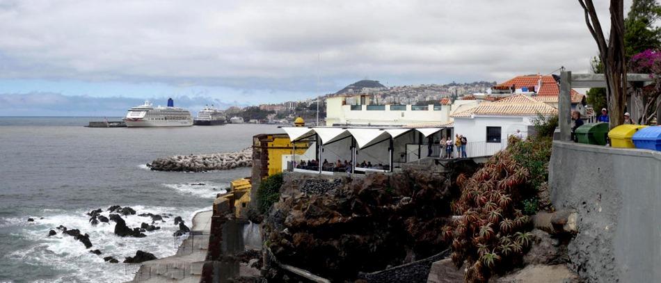 128a. Funchal, Madeira_stitch