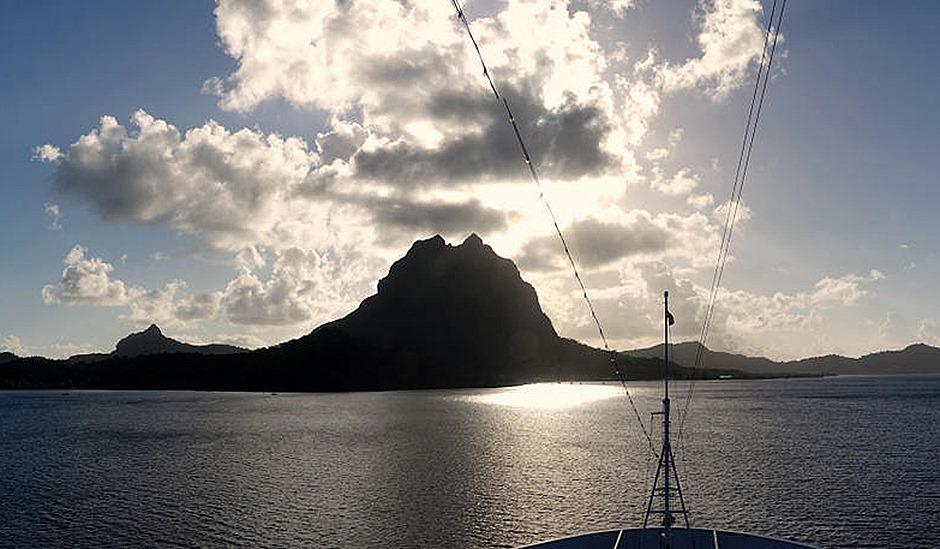 10a. Bora Bora_stitch