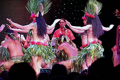 182. Tahiti Polynesian Show