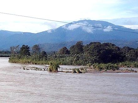 2.  Puerto Limon, Costa  Rica