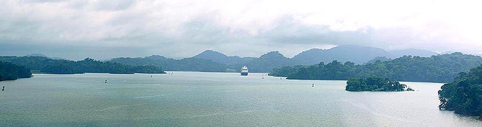 21a.  Panama Canal_stitch