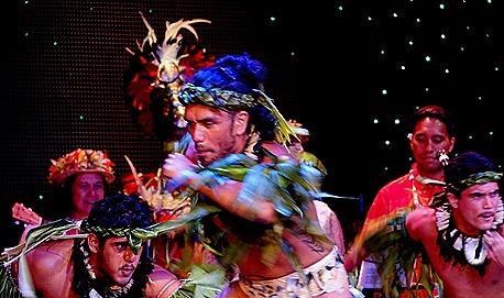224. Tahiti Polynesian Show