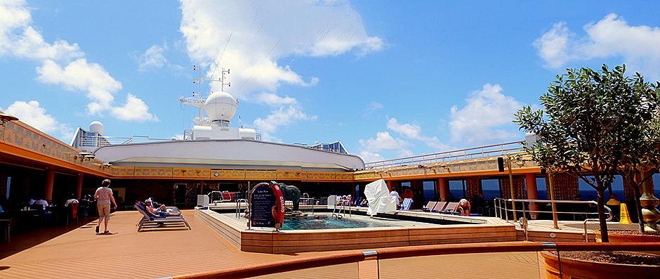 49. At Sea to Nuku Hivaa_stitch