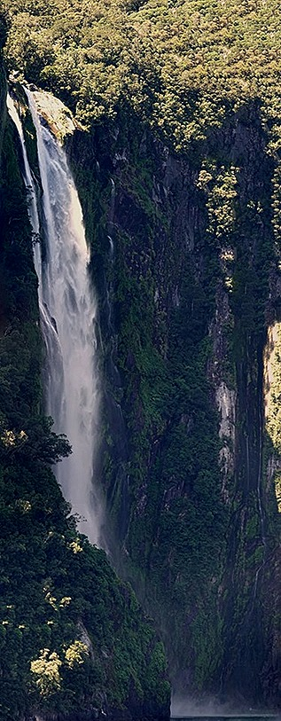 106a. Fjordland National Park, New Zealand_stitch
