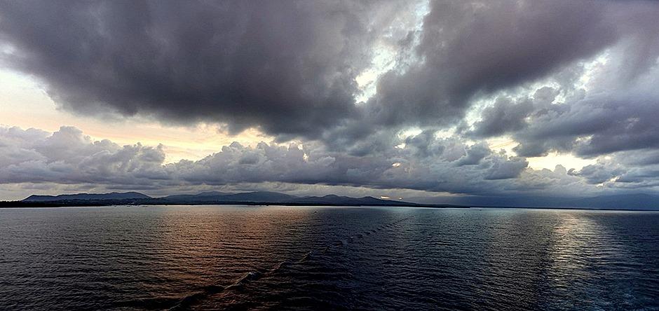 143a. Puerto Princesa, Philippines_stitch