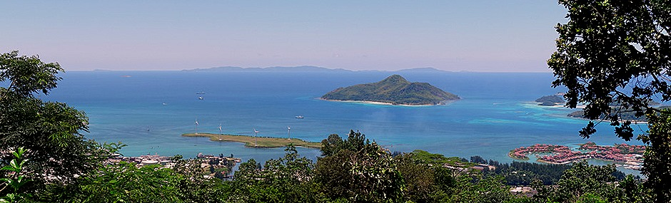 105a. Victoria, Mahe, Seychelles_stitch