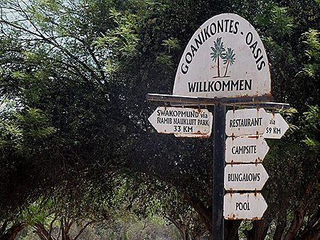 187. Walvis Bay, Namibia080418
