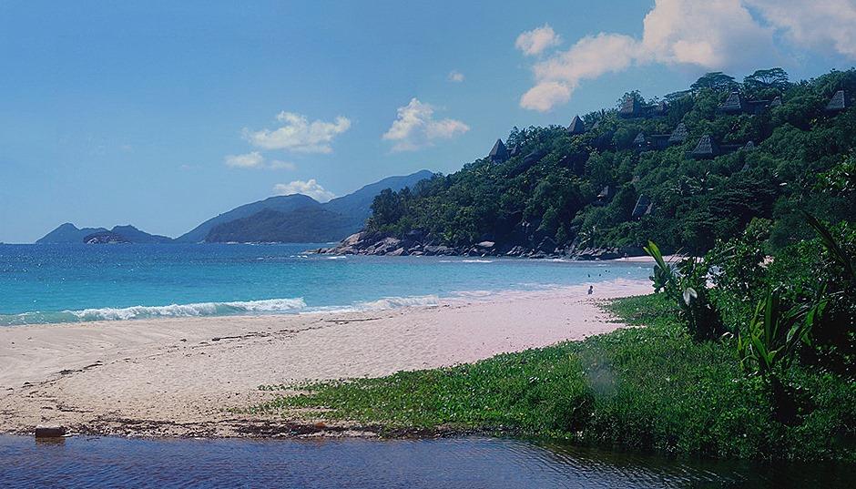 194b. Victoria, Mahe, Seychelles_stitch