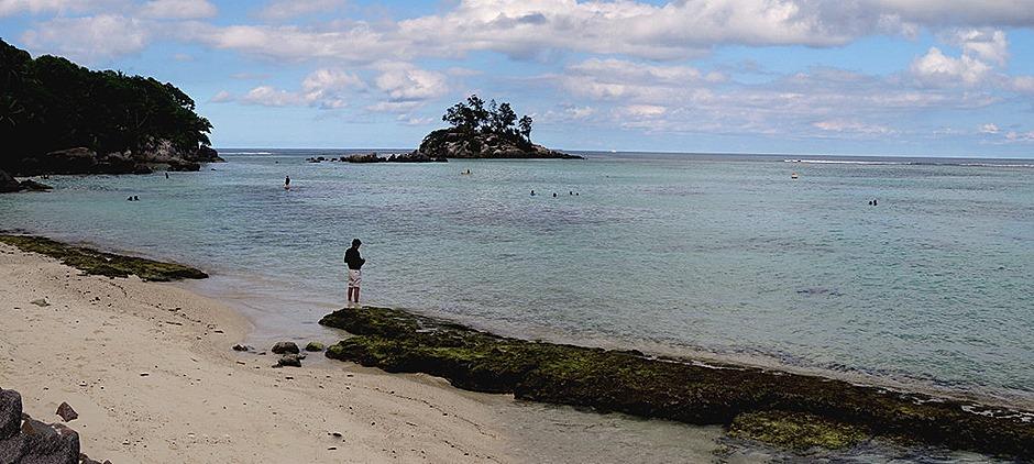 219a. Victoria, Mahe, Seychelles_stitch