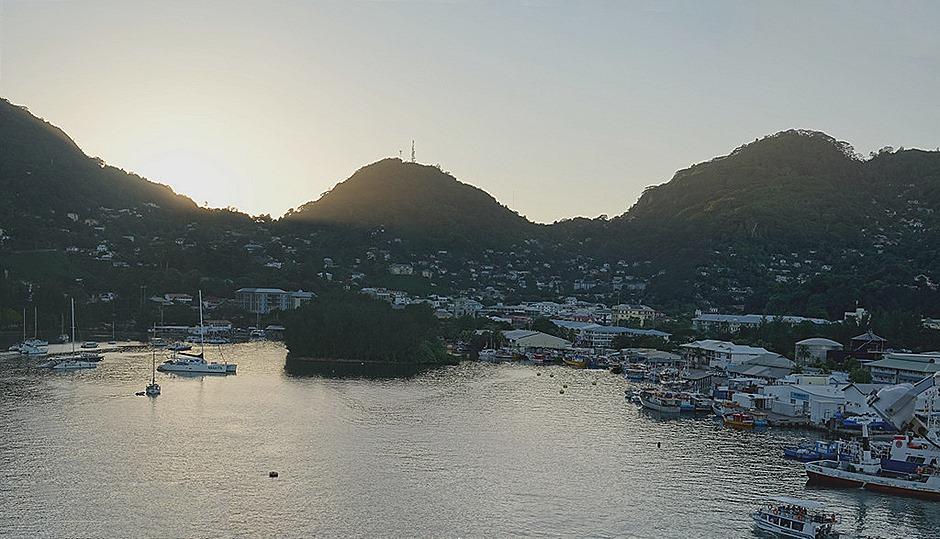 256a. Victoria, Mahe, Seychelles_stitch