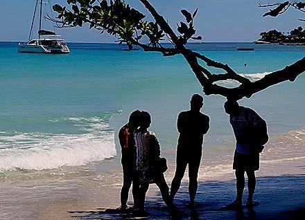 64a. Victoria, Mahe, Seychelles_stitch