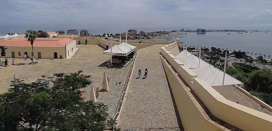 81a. Luanda, Angola_stitch