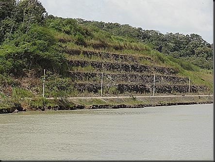Calebra cut, with terraces