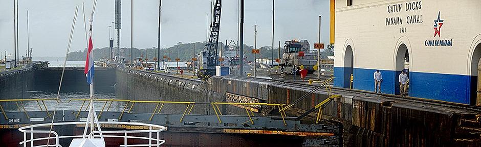 4a. Panama Canal_stitch