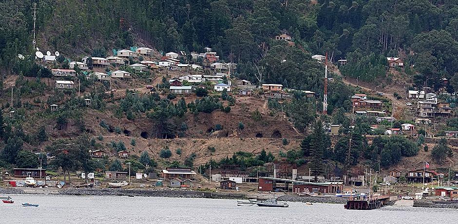 15a. Robinson Crusoe Island, Chile (RX10)_stitch