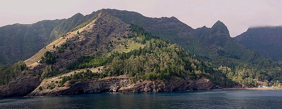 22a. Robinson Crusoe Island, Chile (RX10)_stitch