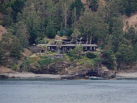 4. Robinson Crusoe Island, Chile (RX10)
