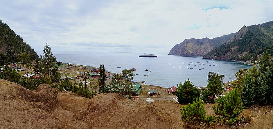 61a. Robinson Crusoe Island, Chile_stitch