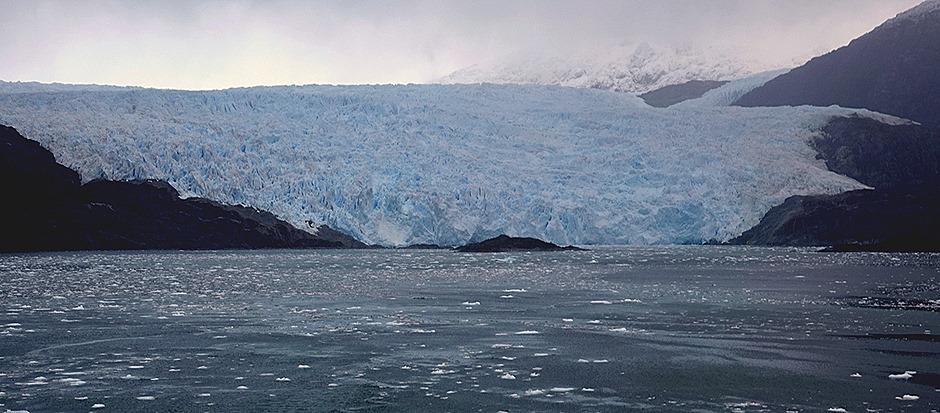 22. Chilean Fjords (RX10)