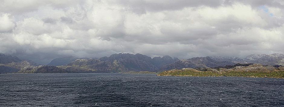 90b. Chilean Fjords (RX10)_stitch