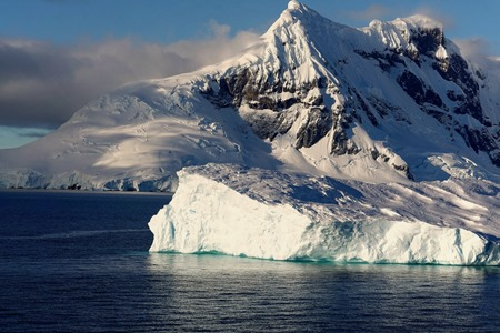 111a. Antarctica (Day 1) edited_stitch