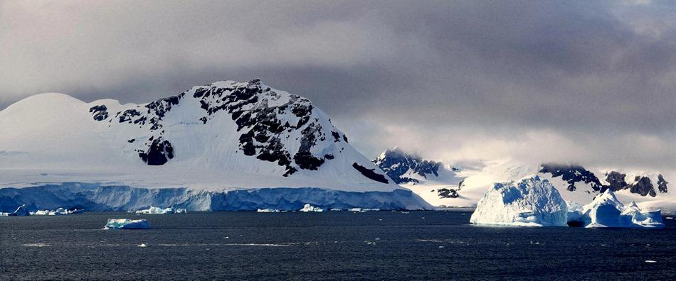 222a. Antarctica (Day 1) edited_stitch