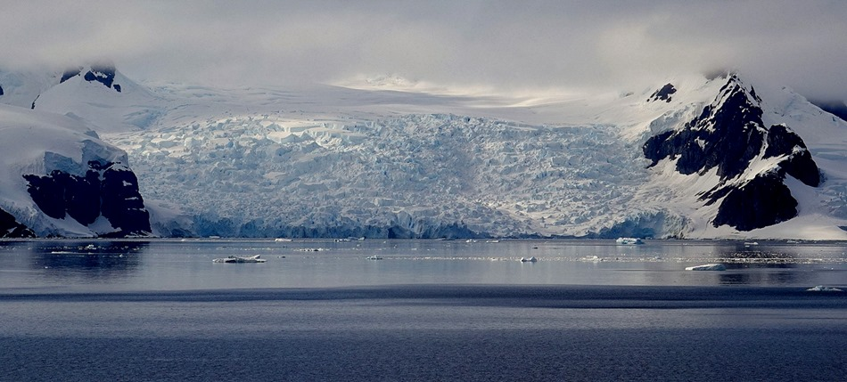 251a. Antarctica (Day 1) edited