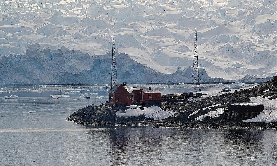 320. Antarctica (Day 1) edited