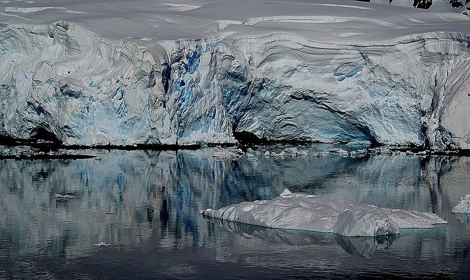 362b. Antarctica (Day 1) edited_stitch