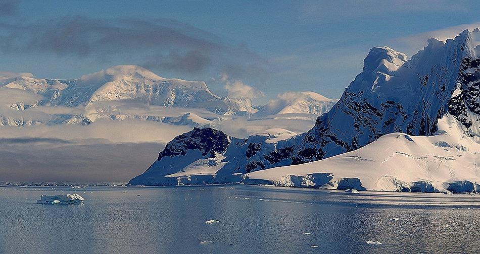 396a. Antarctica (Day 1) edited_stitch