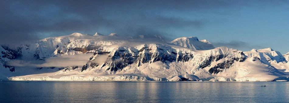 58a. Antarctica (Day 1) edited_stitch