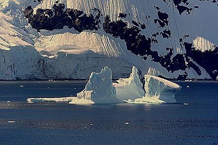596a. Antarctica (Day 1) edited_stitch