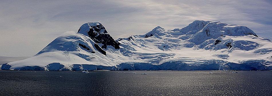 600a. Antarctica (Day 1) edited_stitch