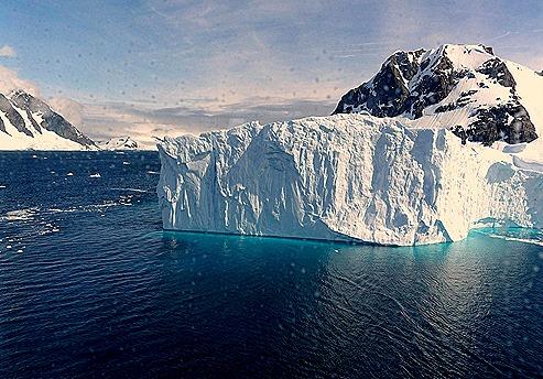 606a. Antarctica (Day 1) edited_stitch