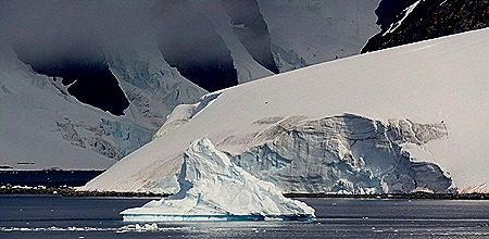 625a. Antarctica (Day 1) edited_stitch