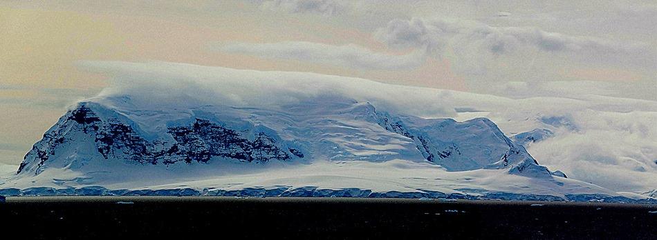 649a. Antarctica (Day 1) edited_stitch