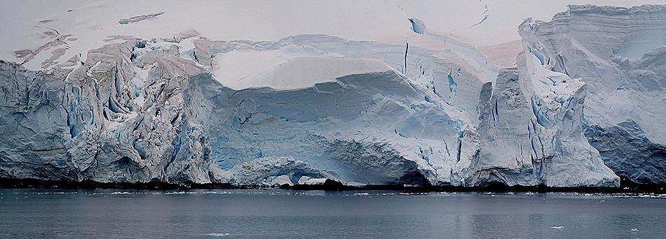 668a. Antarctica (Day 1) edited_stitch