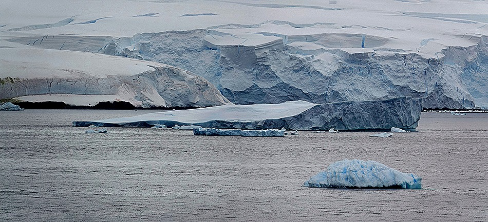 71a. Antarctica (Day 2)_stitch