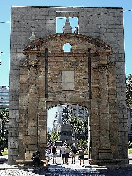 36. Montevideo, Uruguay