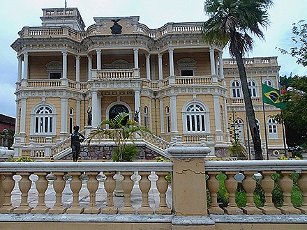 18a. Manaus, Brazil (Day 1)_stitch