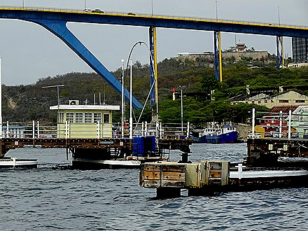115a. Willemstadt, Curacao_stitch