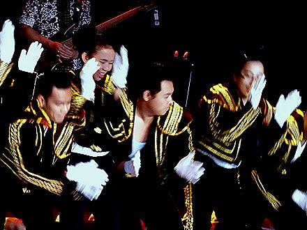 12. Indonesian Crew Show