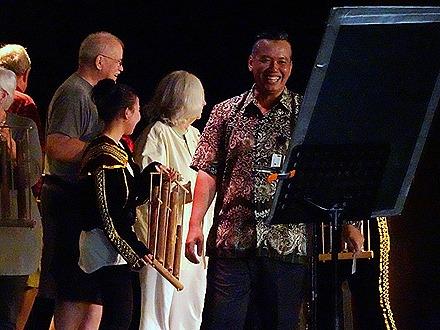 53. Indonesian Crew Show